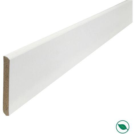 Plinthe MDF prépeinte blanc 2400 x 70 x 10 mm.