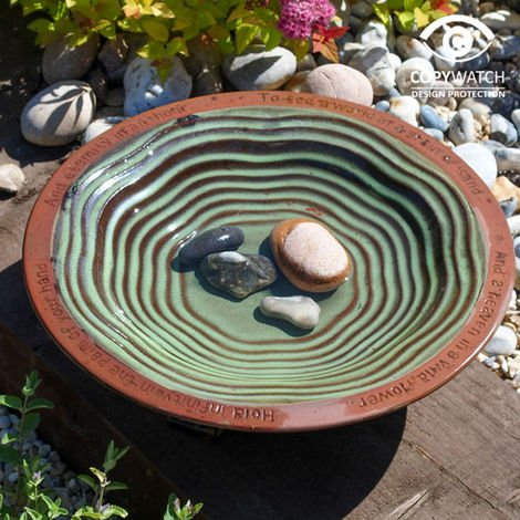 Echoes Bird Bath With 3 Glazed Feet