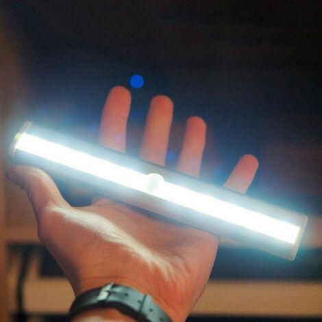 10 ampoule lumineuse de lampe de tiroir de garde-robe d'armoire lumineuse de capteur de mouvement de PIR de LED blanc