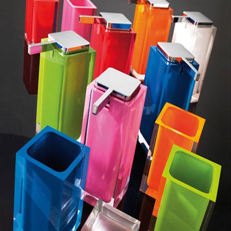 Gedy Accessori Bagno Catalogo.Accessori Bagno Da Appoggio Mod Rainbow In Resina Gedy