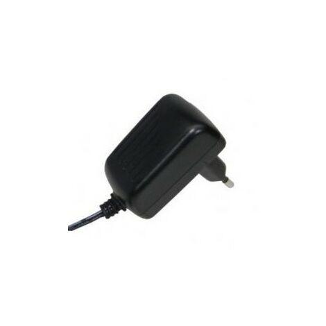 Alimentador Cargador Fijo 5VDC 2A conector para Tablets 2,35x0,7mm