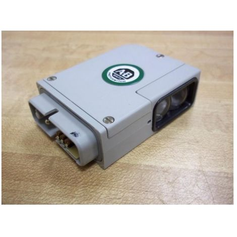 Allen-Bradley 42MRU-5000 Sensor Photohead - Green Line - Retroreflective