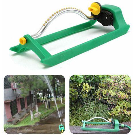 Arroseur de pelouse oscillant arrosant le débit d'eau de tuyau de jardin avec connecteur