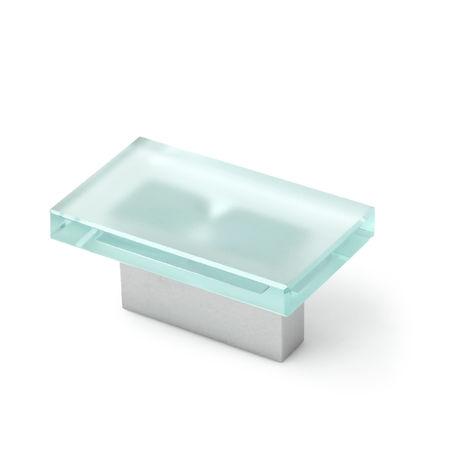 Asa de estilo contemporáneo funcional, fabricada en aluminio, con acabado cristal mate y 32 mm de distancia entre puntos.