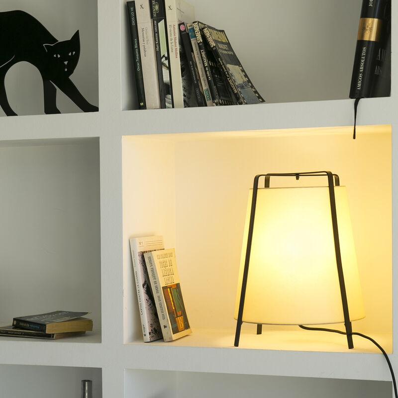 Click-licht.de - Attraktive Tischleuchte Akane rund in schwarz-beige aus Metall und Papyrus E27