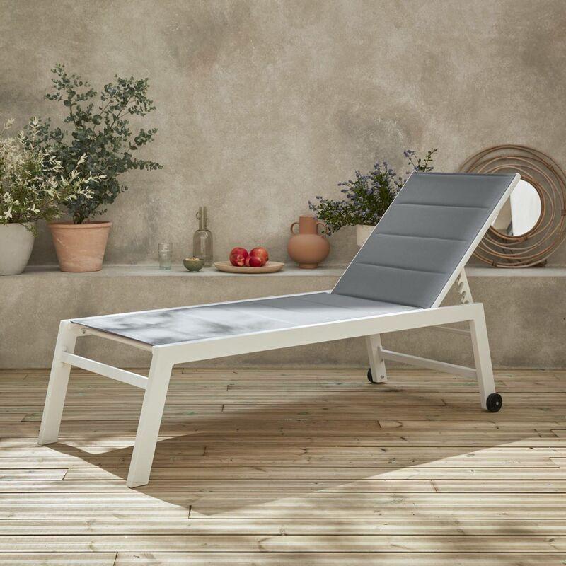 Bains de soleil Solis en textilène matelassé. transats 6 positions. lounge Blanc / Gris