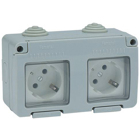 Base Enchufe Lateral esta Ip55 - FAMATEL - 19071 - 16 AMP