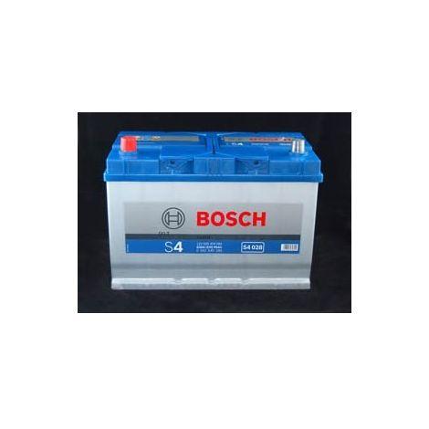 Batería para coche Bosch S4 028 // 12V 95Ah 830A EN borne + dcha