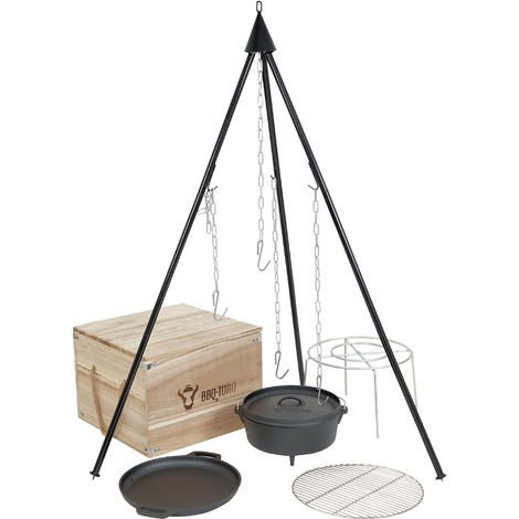 BBQ-Toro Dutch oven kit in a wooden box, 6-piece cast iron cooking set