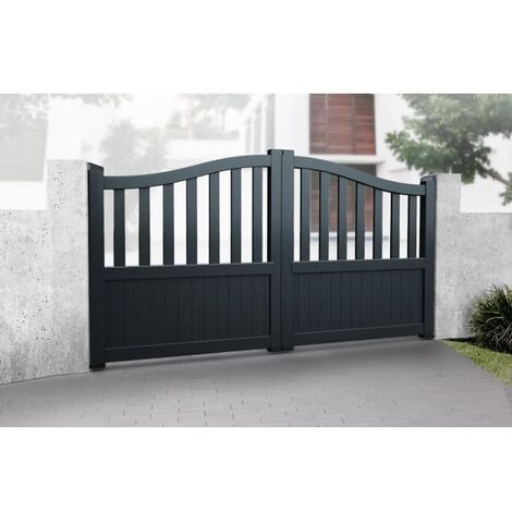 Bell Curved Top with Short Infill Double Driveway Gate