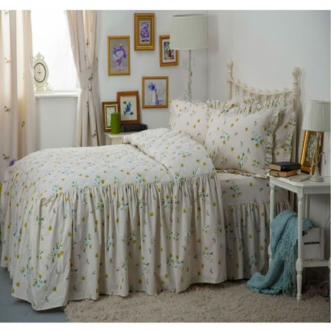 Belledorm Bluebell Meadow Fitted Bedspread