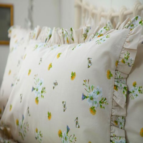 Belledorm Bluebell Meadow Pillowcase Pair (One Size) (Ivory)