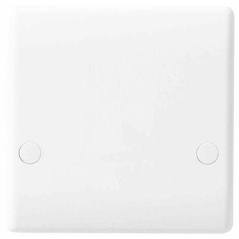 BG Nexus White Flex Outlet Plate 45A - 879