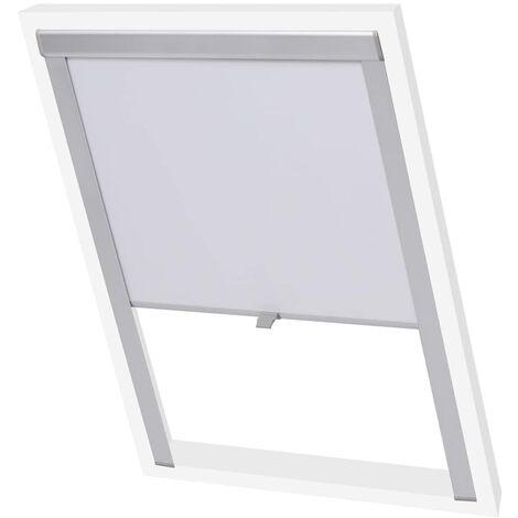 Blackout Roller Blind White MK04
