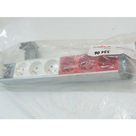 Bloc multiprise nourrice aluminium avec 6 prises 2P+T 16A dont 3 à détrompage à câbler 50X55mm LEGRAND 053406