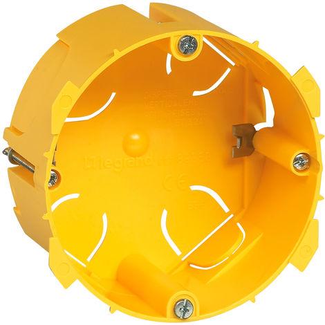 Boite cloison sèche sortie cable / prise 20 et 32 a 50