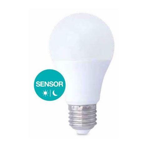 Bombilla LED 10W con sensor crepuscular E27 2700K