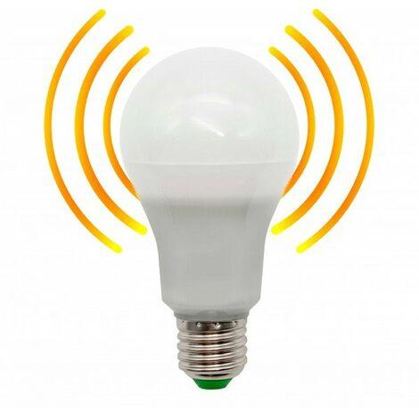 Bombilla LED 8W E27 con Sensor de movimiento + crepuscular