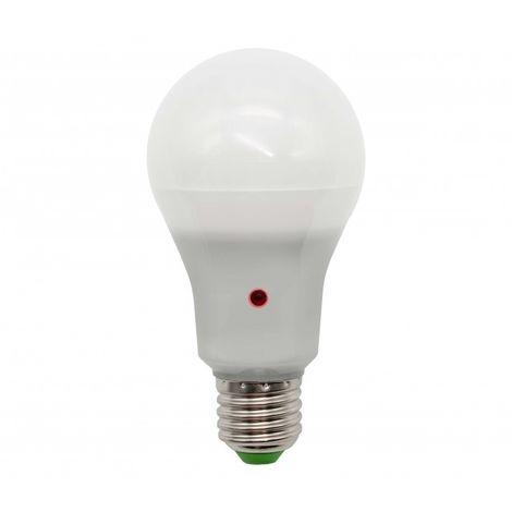Bombilla LED A60 E27 12W con Sensor Crepuscular