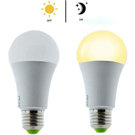 Bombilla LED E27 con sensor crepuscular 7W A60