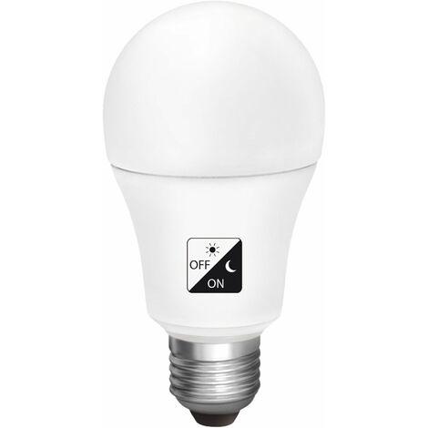 Bombilla LED estándar sensor crepuscular E27 10w fría 1000lm