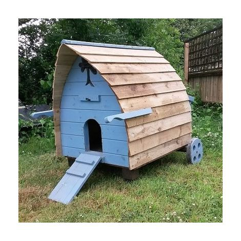 Buttercup Chicken Pod Hen House for up to 8 chickens (optional run)