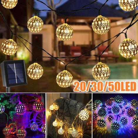 Cadena de luz de hadas marroquí con energía solar, bola de metal fija / intermitente, lámpara colgante, linterna, jardín al aire libre, decoración navideña, boda, jardín, césped (multicolor, 5M 20LED)