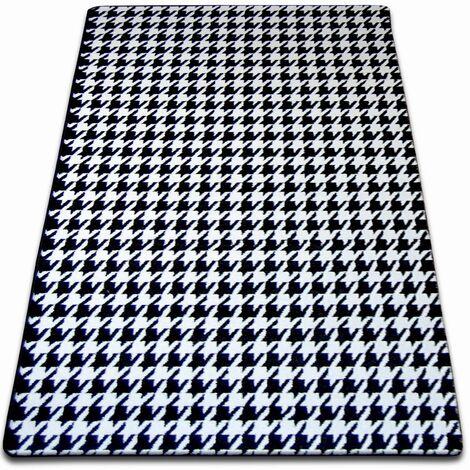 Carpet SKETCH - F763 white/black - houndstooth - 180x270 cm