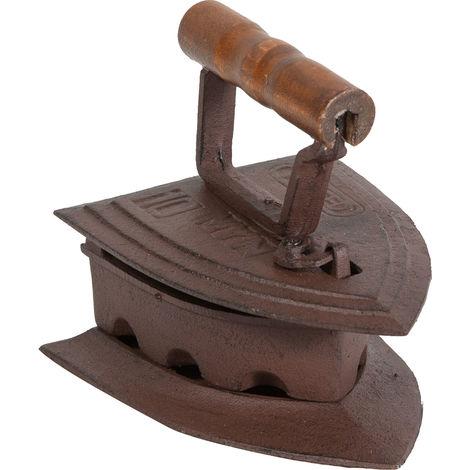 Cast iron made antiqued rust finish W19xDP15xH16 iron .5 cm sized iron