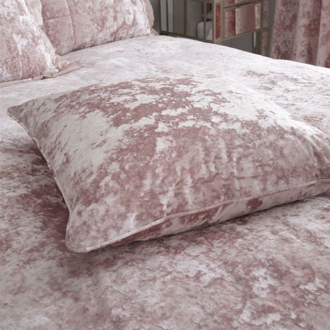 """Catherine Lansfield Crushed Velvet Cushion Cover - Blush Pink (22"""" x 22"""")"""