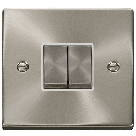 Click Deco 2G 2 Way 10AX Ingot Switch with White Insert Front (VPSC412WH)