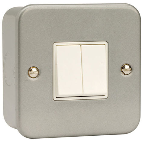 Click Metalclad 2G 2 Way 6A Switch (CL012)