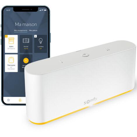 Commande intelligente TaHoma® switch pour centraliser et connecter votre logement - Somfy 1870595