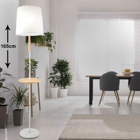 Couvertures textiles projecteurs lampe sur pied salon table en bois marbre dans un ensemble avec éclairage LED