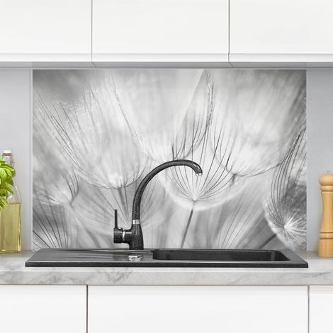 Crédence en verre - Dandelions Macro Shot In Black And White - Paysage 2:3 Dimension: 59cm x 90cm