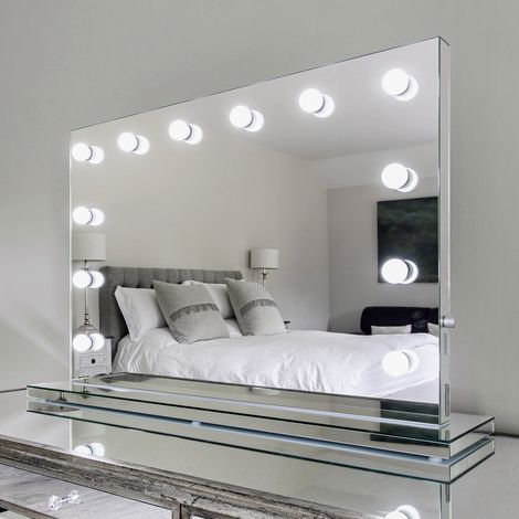 Diamond X Mirror Finish Hollywood Makeup Daylight Dimmable Led K253cw