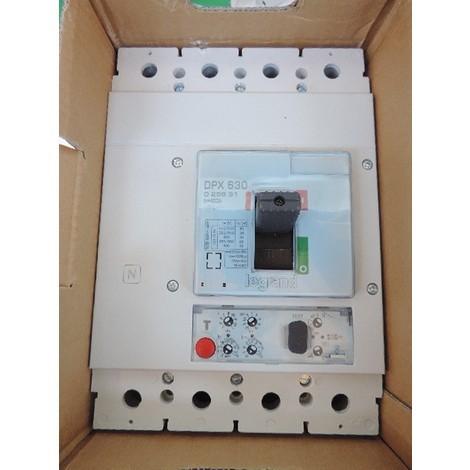 Disjoncteur de puissance 400A 4P 36kA déclencheur électronique S2 400V tétrapolaire DPX 630 LEGRAND 025631
