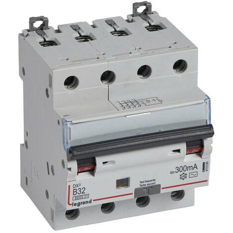 Disjoncteur différentiel monobloc DX6000 10kA arrivée haute départ bas à vis 4P 400V~ 32A typeAC 300mA courbe B (411380)