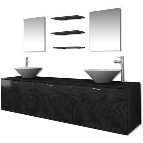 dix pi ces pour salle de bains avec lavabo et robinet noir. Black Bedroom Furniture Sets. Home Design Ideas