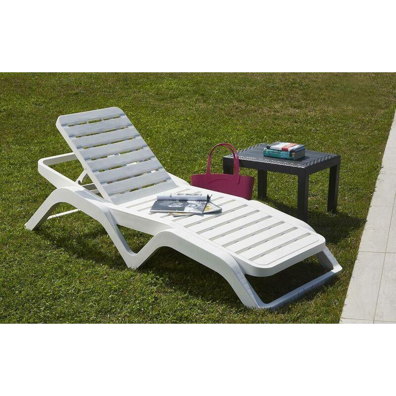 Bain de soleil empilable monobloc avec dossier relevable, solarium, Made in Italy, 71 x 192 x 100 cm, Couleur Blanc - Dmora