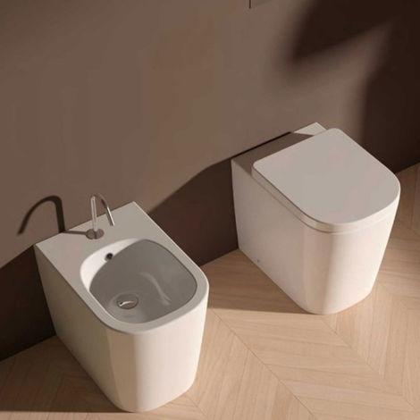 Domus Falerii Foglia Quadra - Duo des sanitaires au ras du mur. (code FALEFOQR)