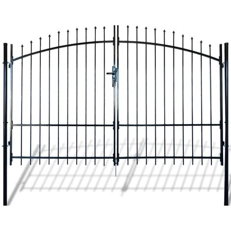 Double portail avec haut sous forme de lance 300 x 248 cm
