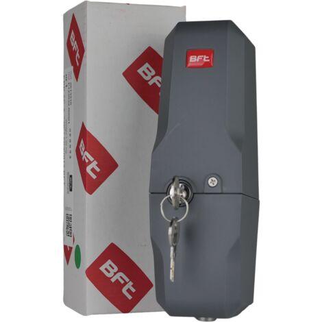 <h3>Cerradura antirrobo en la puerta de entrada</h3>