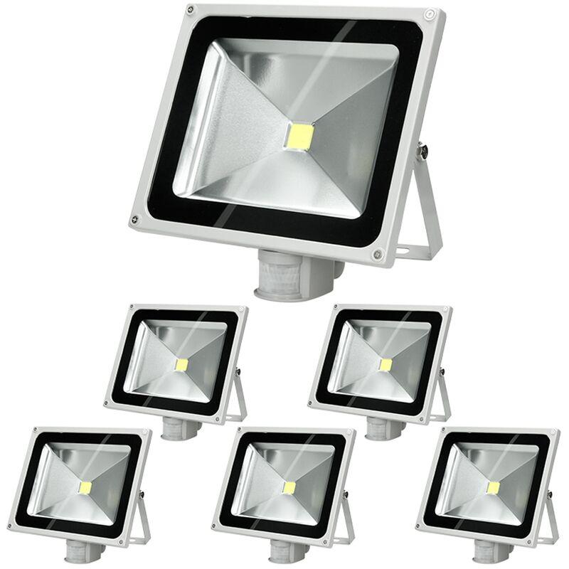 6 x Faretto Proiettore LED 50W con Sensore di Movimento AC 220-240V 2585 Lumen Bianco Caldo 2800K Luce Faro da Esterno IP65 Impermeabile Faro Faretti