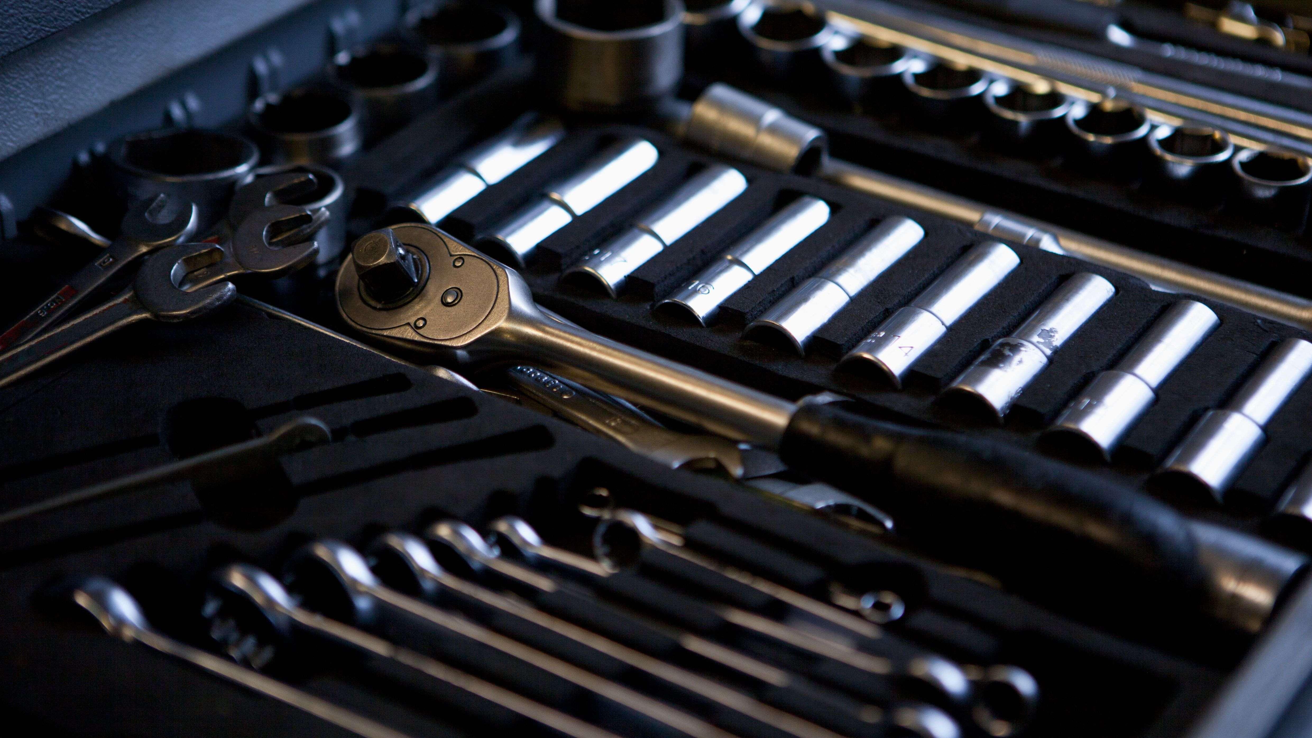 Die richtige Auswahl Ihrer Schraubenschlüssel und Steckschlüssel