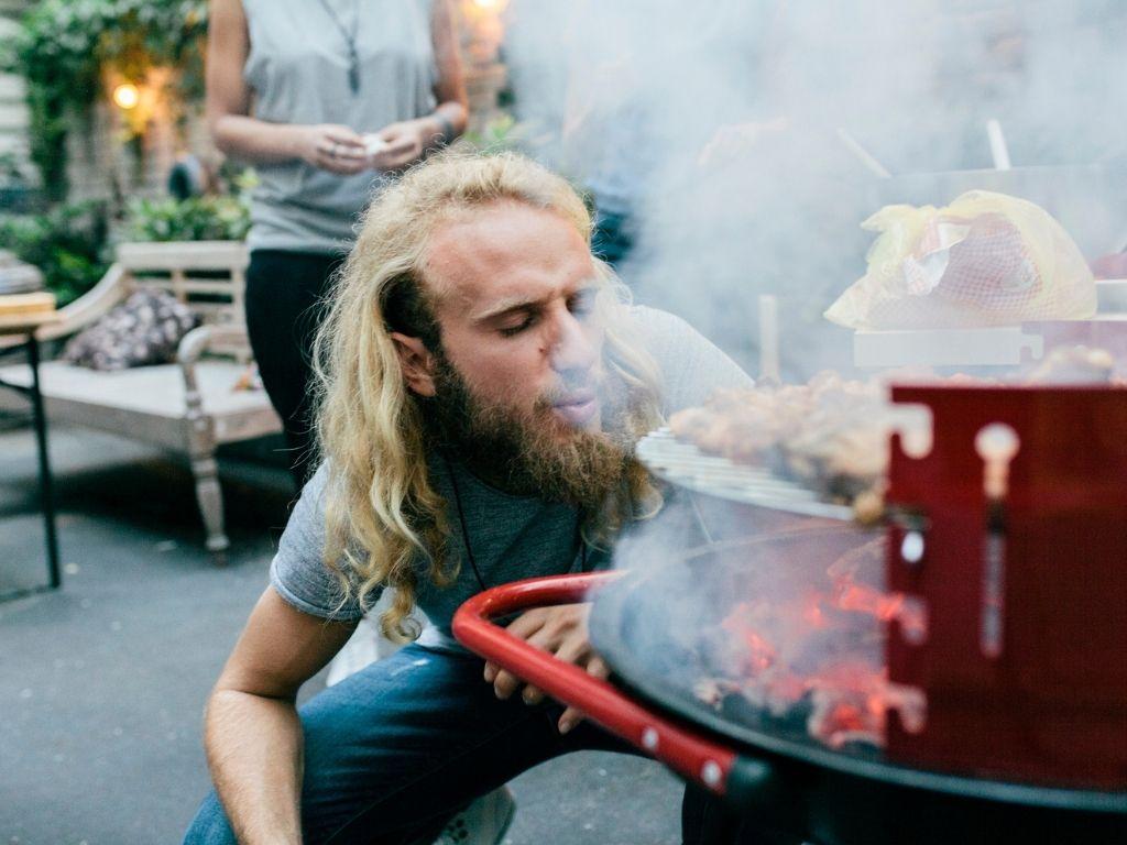 ¿Cómo encender una barbacoa?