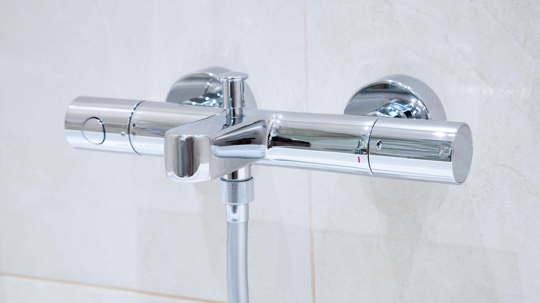Comment installer  un mitigeur thermostatique de douche