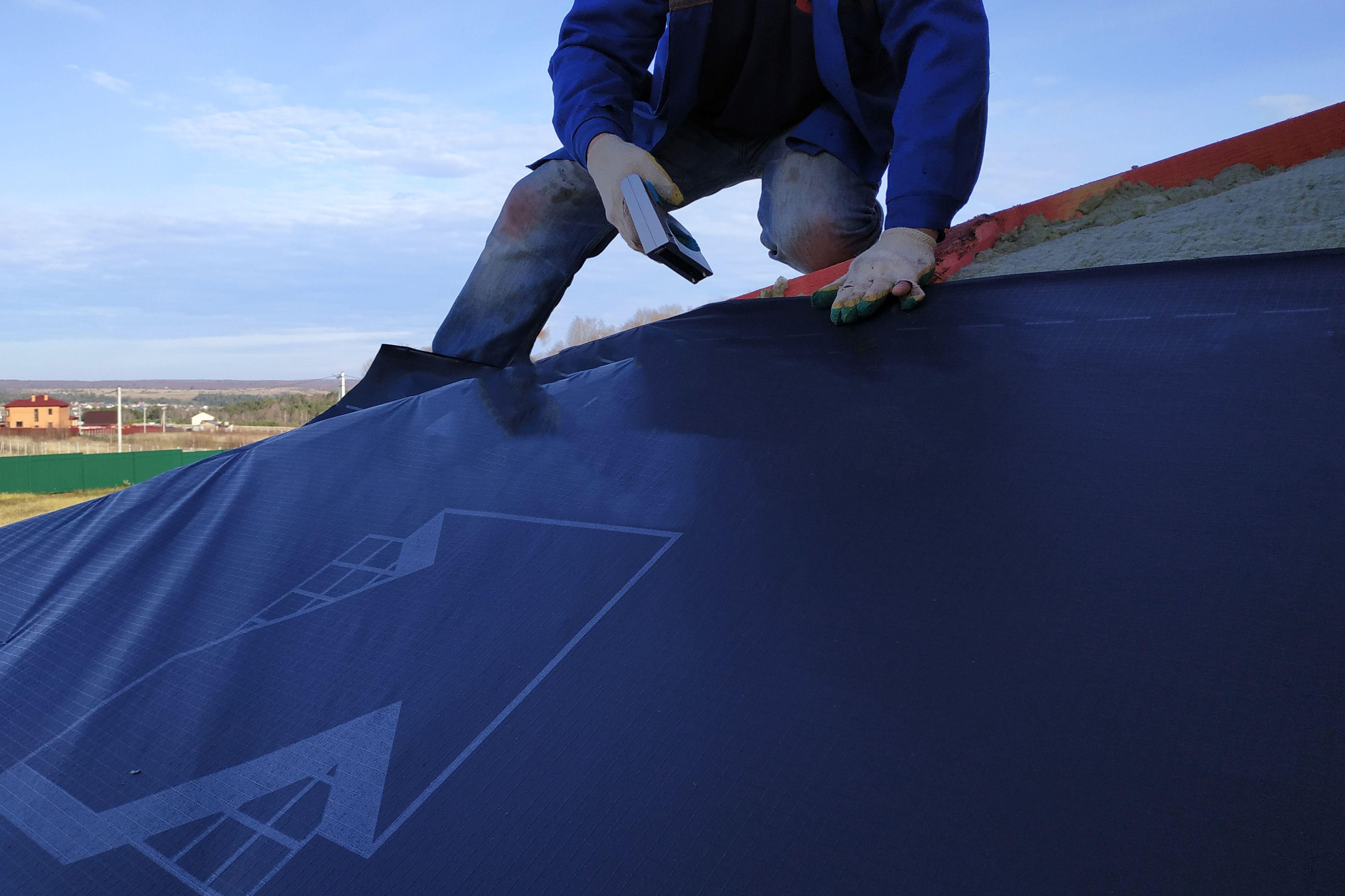 ¿Cómo elegir un impermeabilizante de cubiertas y una lámina impermeable transpirable?