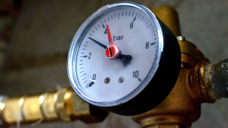 Comment contrôler  la pression d'eau