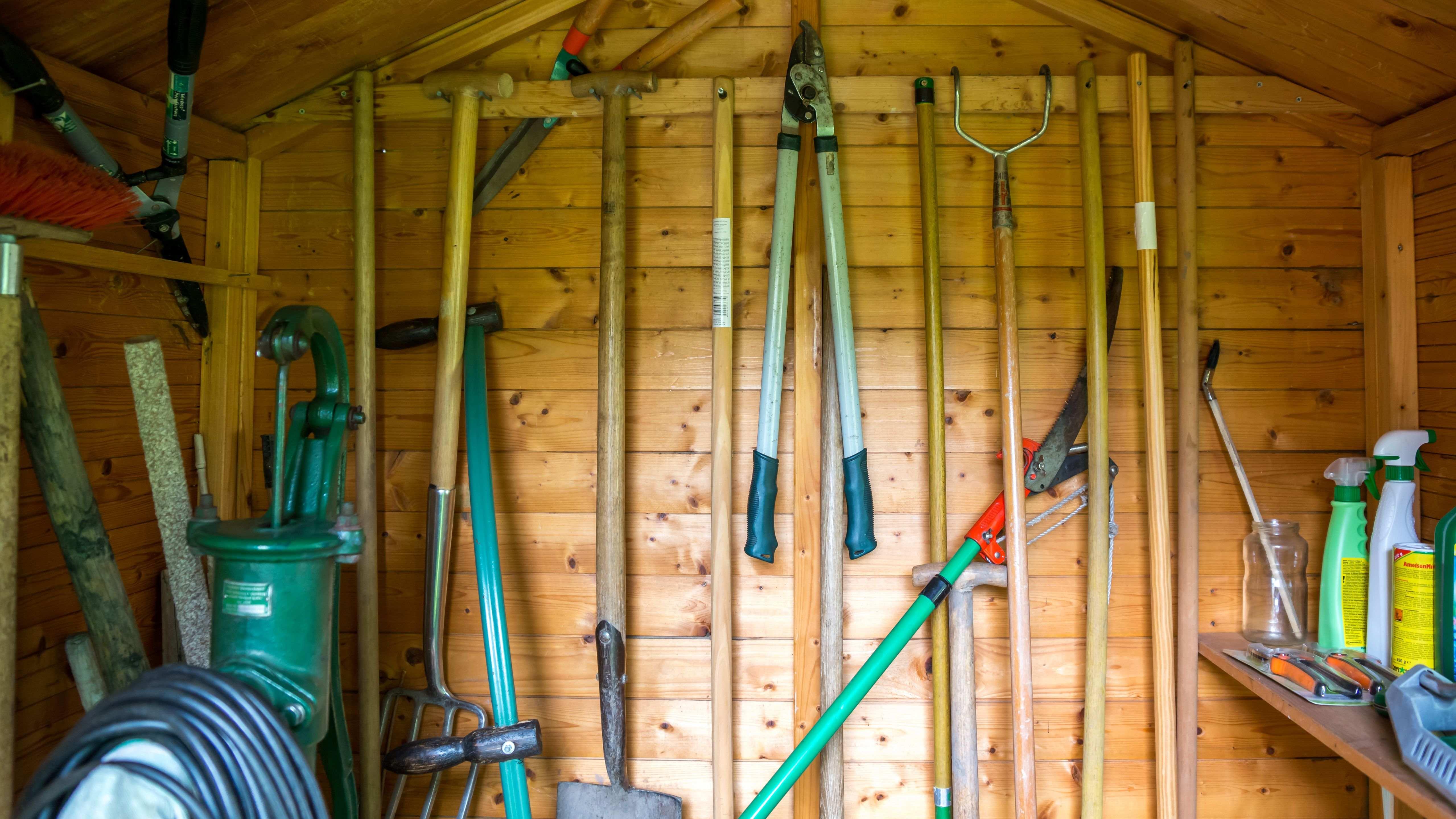 Comment choisir son manche et entretenir ses outils de jardin